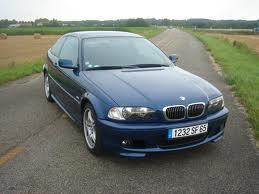 BMW bleue